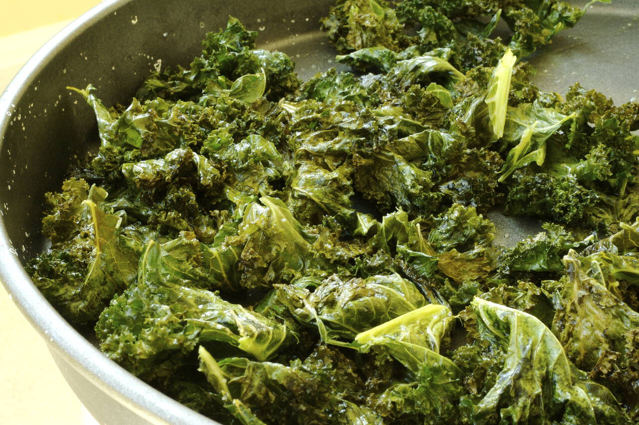 Baked Kale Chips Recipe - MakeBetterFood.com