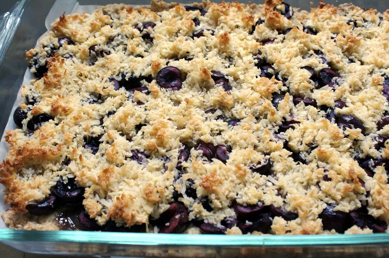 Cherry Macaroon Tart Recipe - MakeBetterFood.com