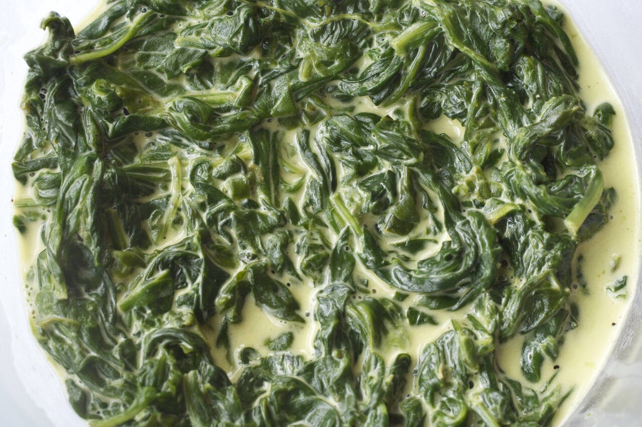 Easy Creamed Spinach Recipe - MakeBetterFood.com