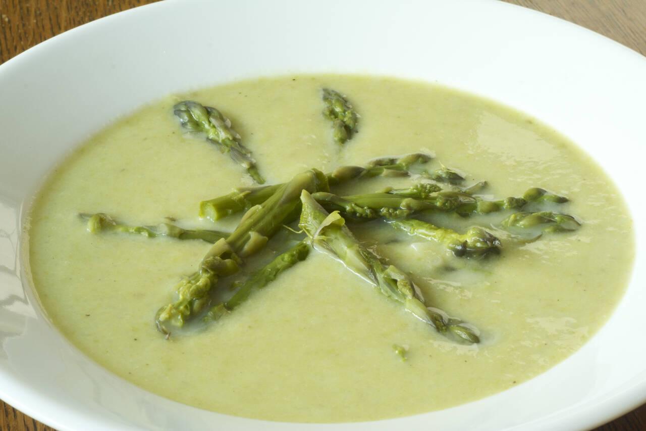 creamy asparagus soup - Asparagas Soup