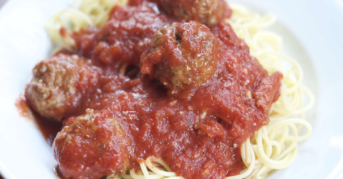 Spaghetti and Meatballs Recipe - MakeBetterFood.com