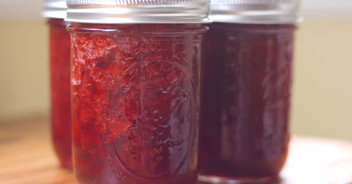 how to prepare rhubarb for jam